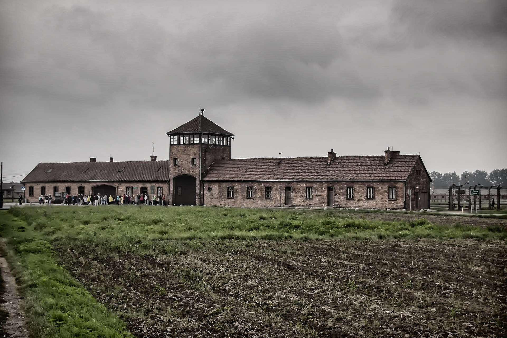 A Visitors guide to Auschwitz: Everything you Need to Know 3