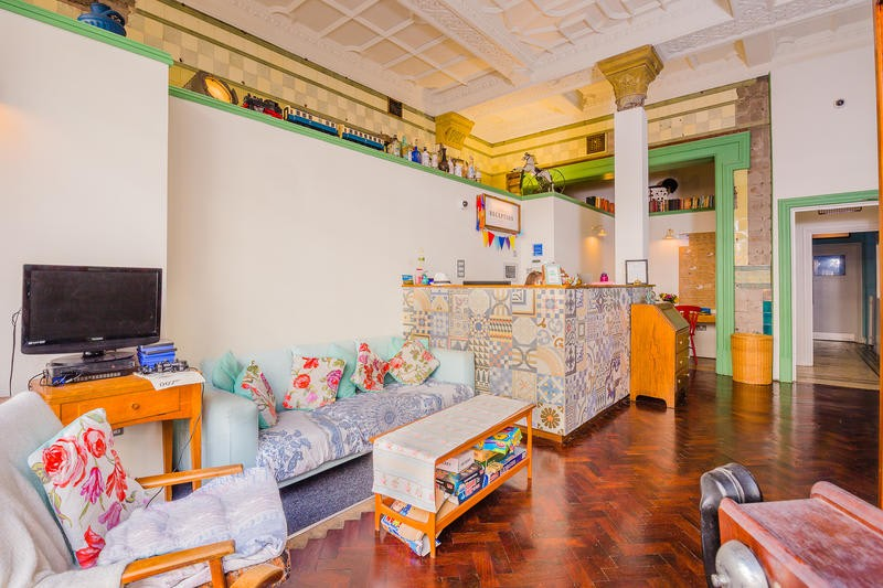 A Beginner's Guide to Staying in a Hostel for the First Time 4