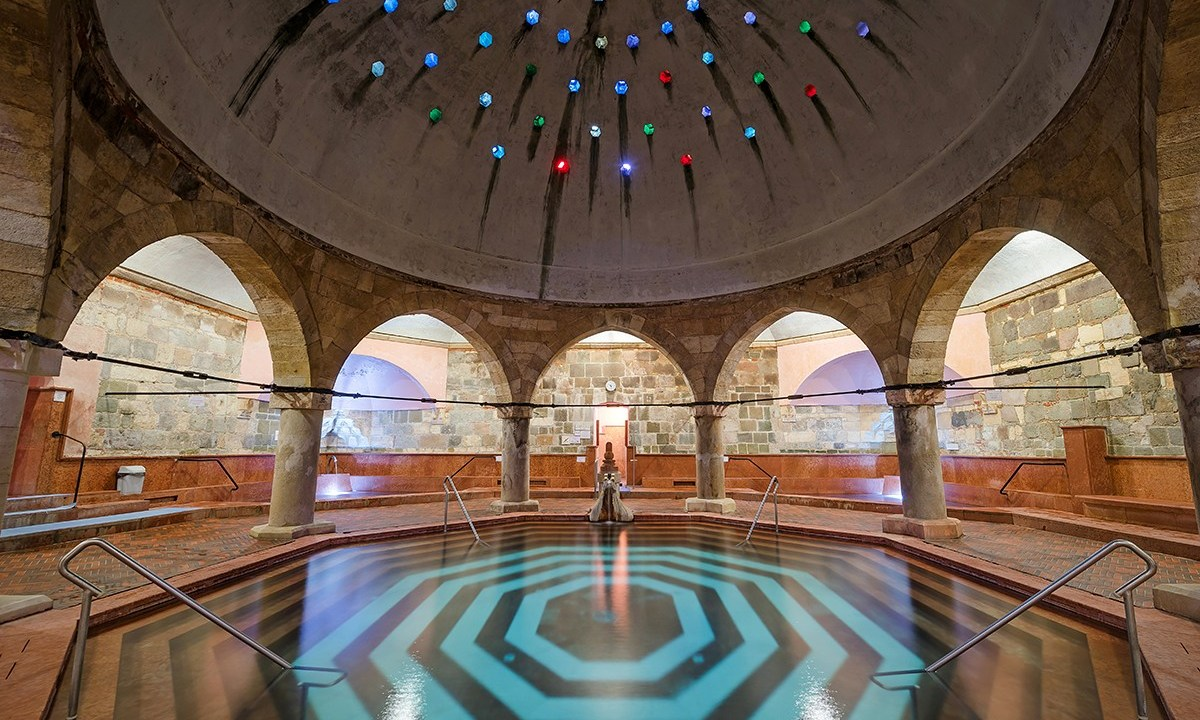 12 Ridiculously Awesome Hidden Gems in Budapest 1